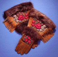 Bella Bonnetrouge moose hair tufted gloves